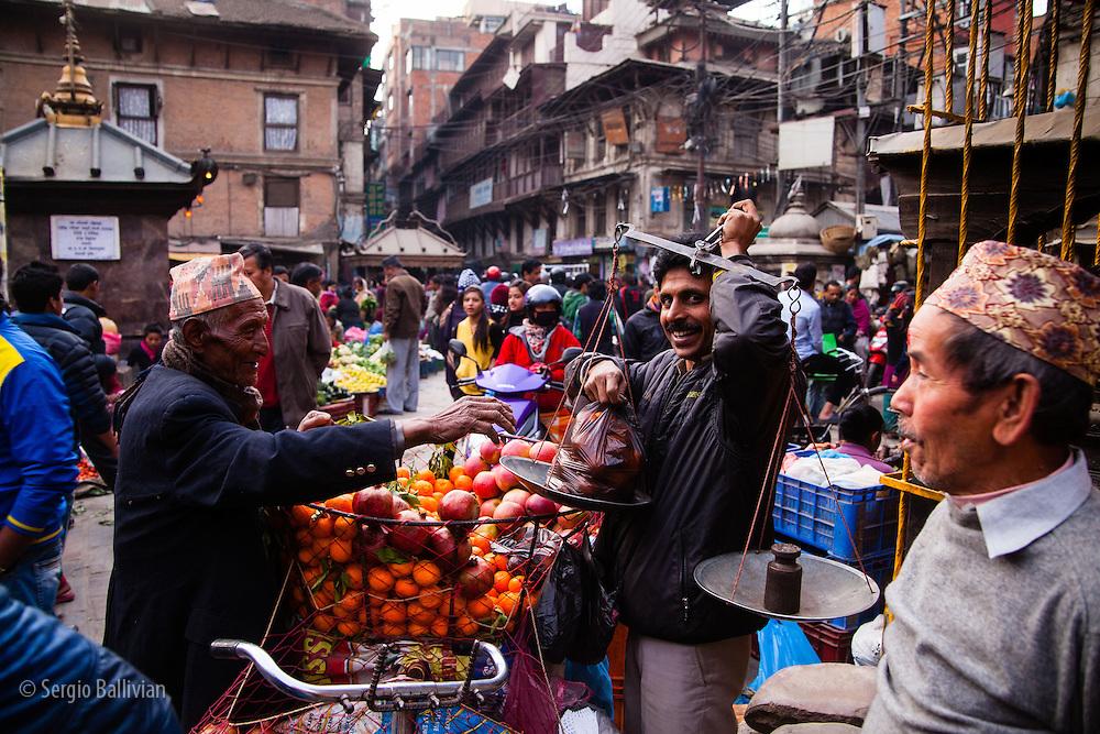 काठमाडौं उपत्यकामै तयारी फितलो कोरोना संक्रमण तीब्र रुपमा बढ्दै