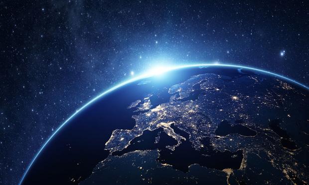 Wonderful Earth in Universe