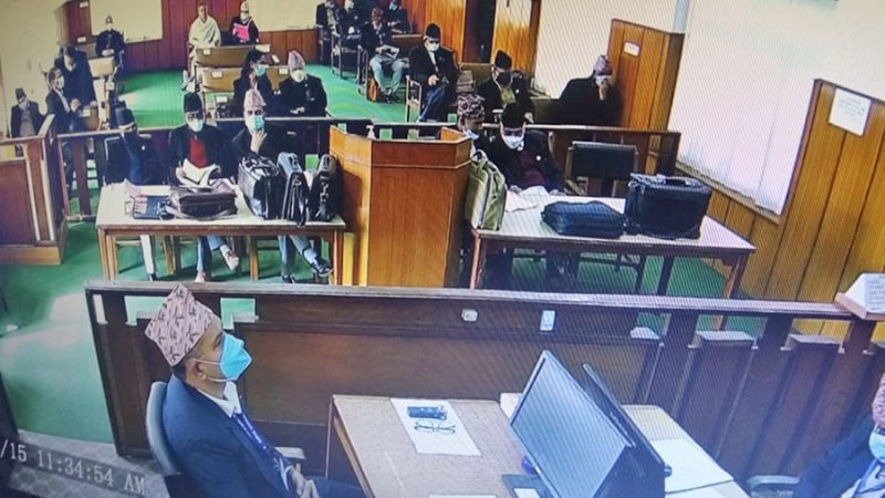 प्रतितिधिसभा विघटनविरुद्ध सर्वोच्चमा परेको मुद्दा प्रभावित हुनेगरी प्रधानमन्त्री केपी शर्मा ओलीले अभिव्यक्ति प्रति बसहमा प्रश्न उठ्यो